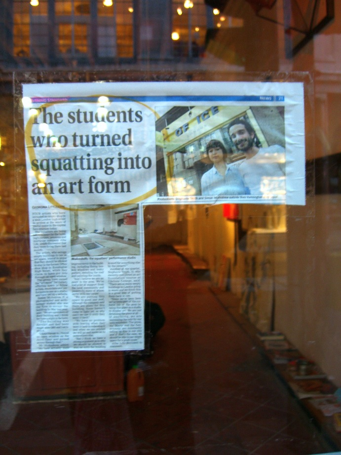 DA001 The Evening Standard article the students who turned squatting into an art form (2006)