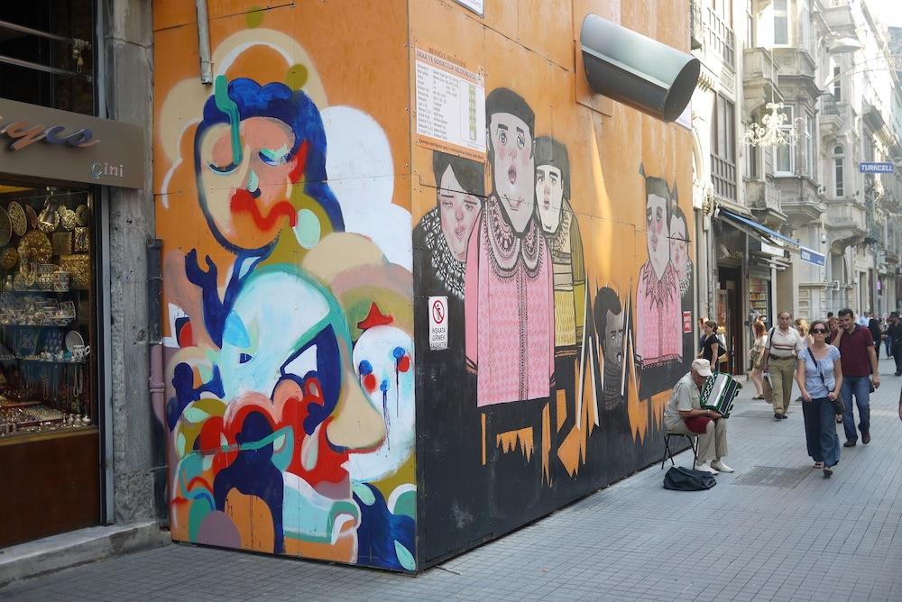 Ravouna Mural left side